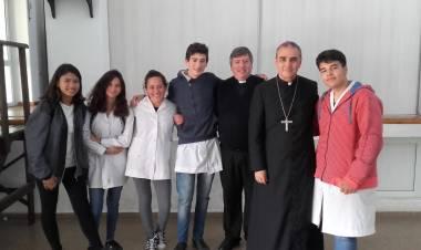 Visita pastoral de nuestro Obispo de la Diócesis de Villa María en General Roca.