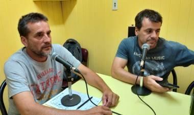 Integrantes de la Comisión Directiva del C.D.Roca visitaron los estudios de la Radio.