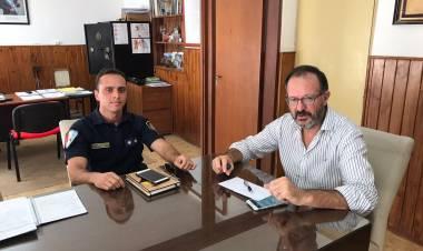Se podrá salir a cortar el cesped en los horarios establecidos así lo acordó la Municipalidad de Gral. Roca y la Policia.