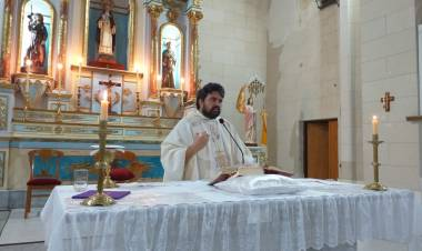 Audio: Santa Misa Jueves Santo, Padre Fernando Malpiedi, Parroquia Santa Rosa de Lima Gral. Roca, Cba.