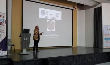 La Prof. Raquel Raccaro expuso en Colombia los proyectos de sustentabilidad del Instituto José Hernández.